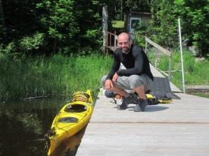 Daniel_Alvarez_with_kayak